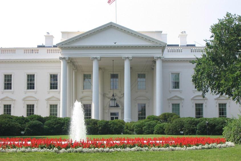 white-house-rz