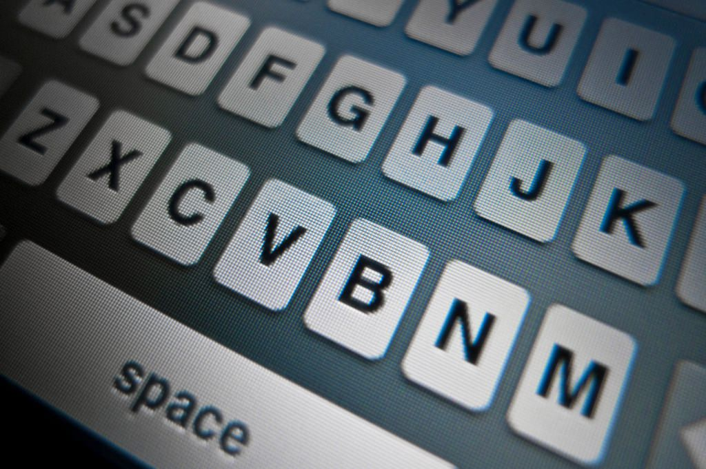 6 smartphone keyboard hacks that will make you type faster