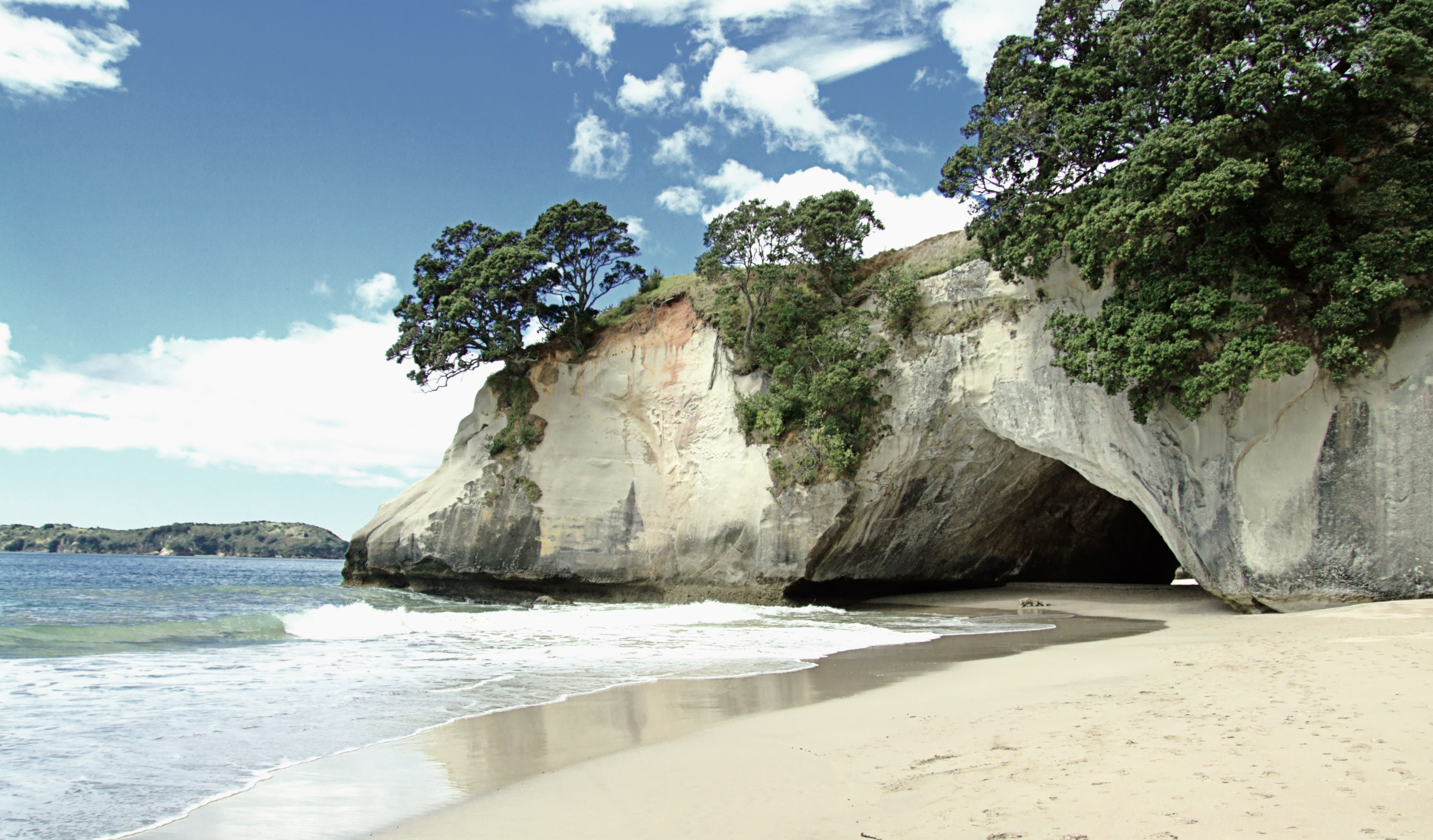 cathedral-cove-1379171